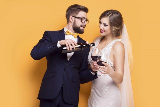 Das Brautpaar feiert dank Rundum-sorglos-Service.